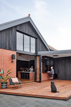 Pine House, Alterations and Additions by Bryant Alsop Architects