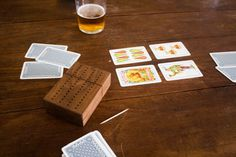 #wood, #case, #cartas, #cards, #card, #deck, #table, #game ,#escoba, #brush, #fifteen, #madera, #palillo, #toothpick, #tamayo