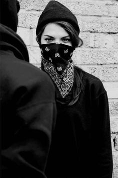 http://off-the-wall-b.tumblr.com/tagged/lady #white #woman #bandana #eyes #black #and