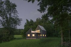 Tunbridge Winter Cabin in the Green Mountains of Vermont 10