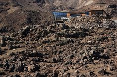 Cafe Knoll Ridge outside #mountain #architecture #volcano #caf