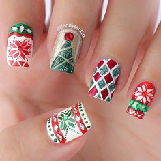 A perfect and Christmas ready nail art design. Paint on various details of Christmas sweater designs on your nails. Use glitter polish to ma