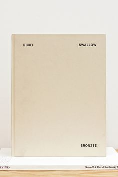 tumblr_n0cal99s9p1qiyeuko1_r1_1280.jpg (1280×1920) #typography #minimal #book #cover