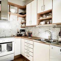 dandelion print tile