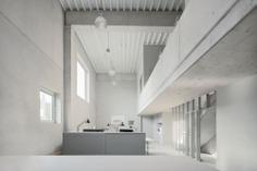 Club Traube by Hippmann Architects