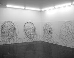 Moises Mahiques artist from Spain. Tras cabeza exhibit