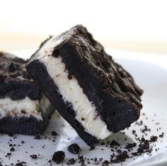 Chocolate Therapy: Oreo Cheesecake Bars
