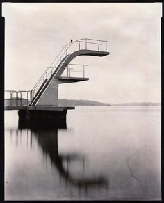 4181595601_67b85df0d1_b.jpg (827×1024) #film #white #water #black #oslo #photography #diving #and #tower