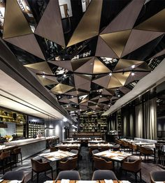 Hong-Kong #Restaurant by Kokaistudios