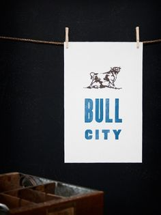 Durham | ´X° | Old Try #print #pressed #blue #bull #hand