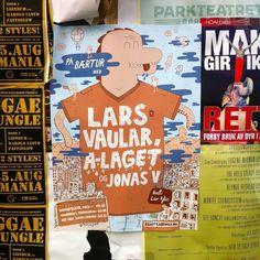 På bærtur med Lars Vaular, A-laget og Jonas V - Mikael Fløysand #flysand #mikael #lars #illustration #vaular #laget #poster #dinosaur