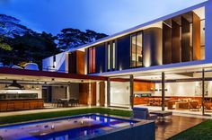 An imposing Example of Modern Brazilian Architecture: Planalto House #architecture #modern