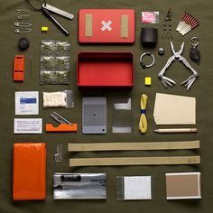 survival kit #inspiration #creative #knolling #examples #photography #knoll #organization