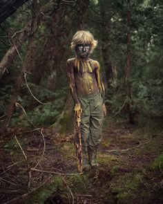 Beautiful depth of field. Medium or Large format? #forest #paint #photography #child