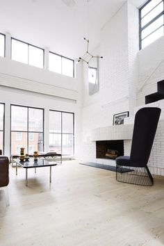 Scandinavian and Minimal New York City Loft 4