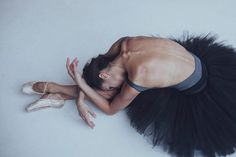 Backstage Photography of Russian Classical Ballet by Darian Volkova
