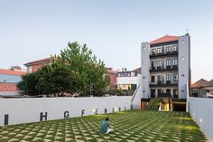 OODA revives dm2 housing building in historic porto #home