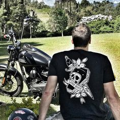 Death comes knocking tee - Disponible en S, M, L y XL - Ventas Whatsapp: 3146159148 - Shop Online www.lonewolfmotorcycle.co