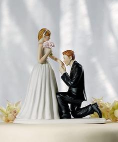 romantic-and-lovely-wedding-cake-topper