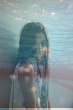 tumblr_lzdlh2p4KY1qhodpmo1_500.jpg (464×700) #underwater