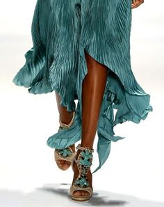 Fashion(Carlos Miele New York Fashion Week 2012, via c a n d y—k i s s e s) #fashion