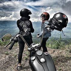 ⚔️Road trippin' Random road pics⚔️ #RideFarRideFree ----------------------------------------------------Online Shop: www.lonewolfmot