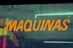 6479981925_1960aa2c92_b.jpg 670×446 pixels #electrico #maquinas #joel #typography