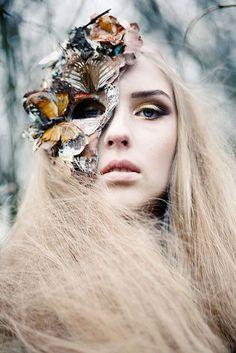 imagem3.jpg (640×959) #butterflies #lara #jade #woods #portrait #forest