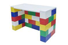 #colorfuldesk #modulardesign #kidsroomfurniture #kidsdesk #blocks #blockfurniture #modularfurniture built from EverBlock blocks.