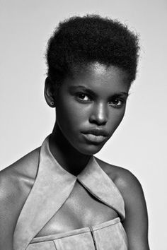 #Afro #Model