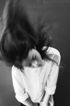 (15) Tumblr #girl #photo #motion #hair #photography