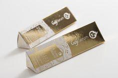 Goji Serum on Packaging of the World - Creative Package Design Gallery #packaging #cosmetic