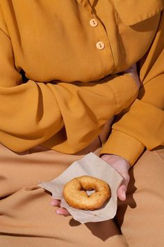 Wardrobe Snacks: Kelsey McClellan Combines Fashion and Food Photography