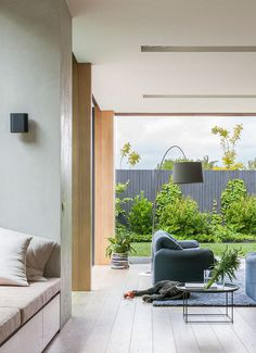 Bungalow-Style Home Extensively Renovated and Extended in Melbourne 4