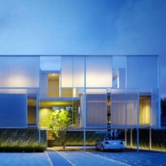 Minimalist Long Island House in New York | Modern House Design, Modern Architecture, Home Plans, Modern Houses, Architecture Designs #house #architecture #minimal #modern