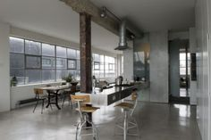desire to inspire: Industrial loft #interior #design #decor #deco #decoration