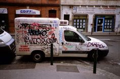 007 | Triangular Love. #grafitti #france #anlog #film #tags #yashica #car