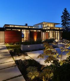 Point Monroe House / BC& J Architecture