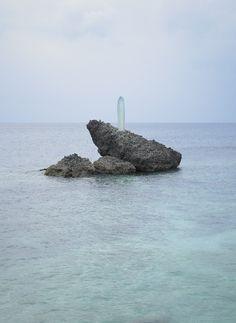 Art exhibition for End of the world by Mariko Mori Sculpture ''Sun pillar'' #21122012 #meditative #exhibition #sculptures #art #doomsday