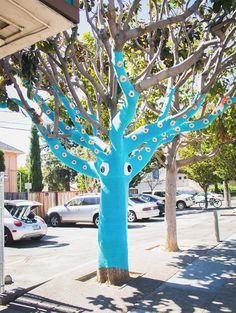 Yarn Bombed Tree Squid #squid #art #street