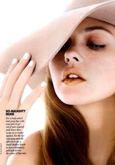 Sara Lindholm #fashion #magazine #female