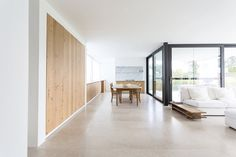 Villa VDL by Il Granito. Photo by Tineke De Vos. #diningroom #minimal #ilgranito #tinekedevos #marble