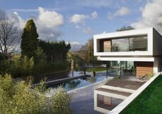 Extravagant Country Living: White Lodge Residence in England http://designspiration.net/dcomag/