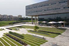 bg170111_01-940x626.jpg (940×626) #architecture #plaza #landscape