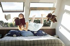 Cristina Robles Photography (2) #loft #attic #home #floating #teddy #photography #reading #bed #levitation