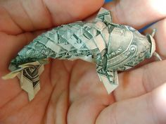 Colossal | art + design | Page 5 #fish #dollar #currency #origami #koy
