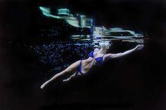 Hyperrealistic Underwater Paintings by Matt Story