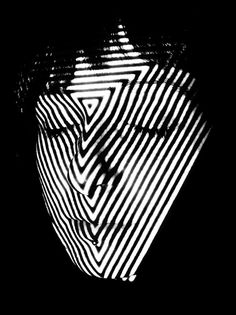 http://behance.vo.llnwd.net/profiles16/1607281/projects/5205947/cda478c07e8af1a1ad2f012f5447fabe.jpg #photo #light #face #projection