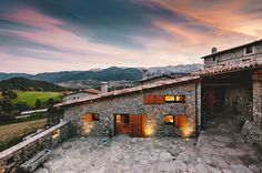 Refurbishment in la Cerdanya Dom Arquitectura - www.homeworlddesign. com (16) #architecture #spain #renovation