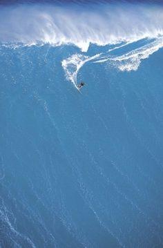 tumblr_llsb1fEFhB1qha2s2o1_500.jpg 460×700 pixels #insane #surf #big #wave #huge